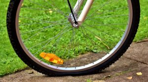 puncture proof bicycle tires