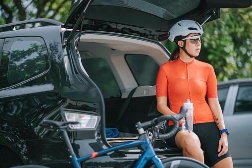 pro cycling jerseys